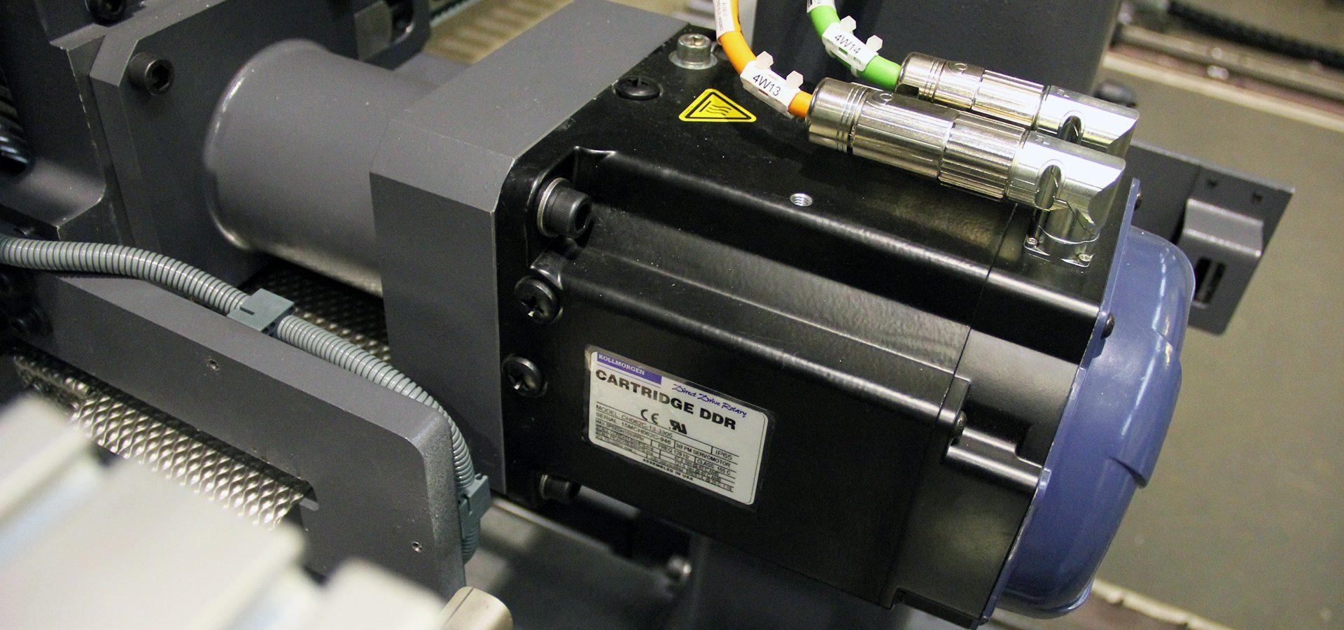 Direct drive servo motor